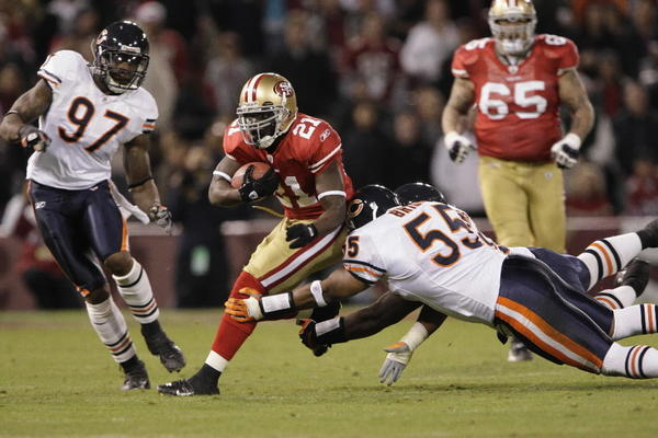 When the Bears arrived in San Francisco for a game against the 49ers, Frank Gore was slowly returning to form following an ankle injury. That changed against the Bears: 104 yards on 25 carries and the game's only touchdown. He was strong all the way through, with 12 touches in the fourth quarter and two 20-yard runs. RATING: 7/10 on the 2007 Adrian Peterson scale