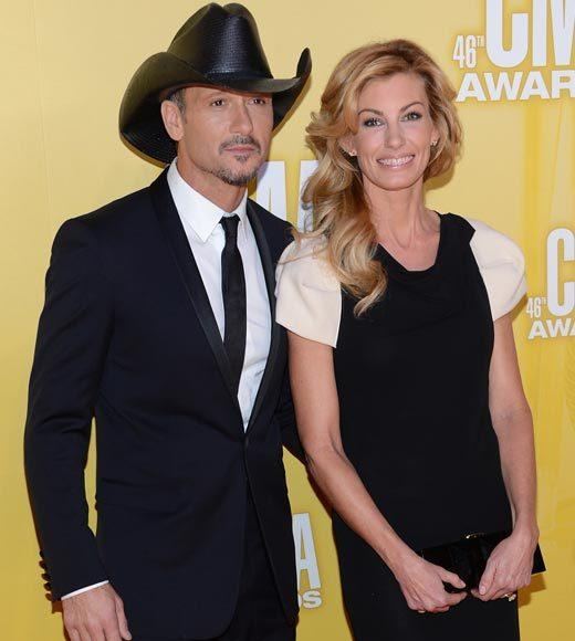 2012 CMA Awards red carpet arrival pics: Tim McGraw and Faith Hill