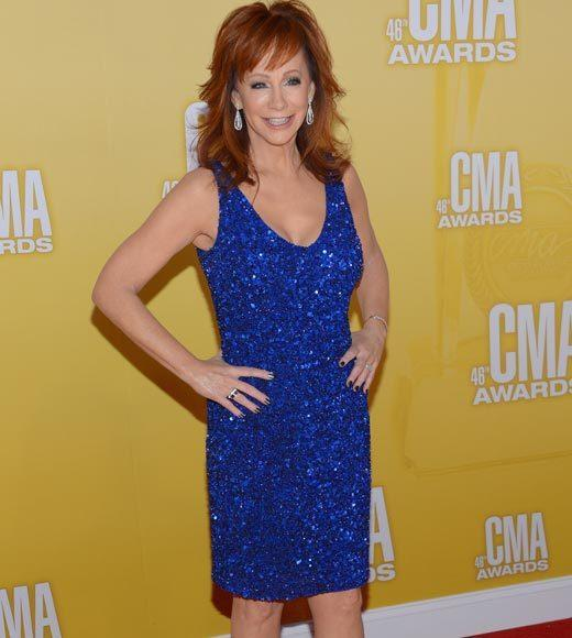 2012 CMA Awards red carpet arrival pics: Reba McEntire