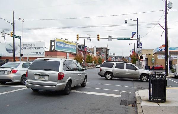 Some motorists stop in all directions, as required by law, at traffic signals without electrical power. In other cases, traffic proceeds without stopping.