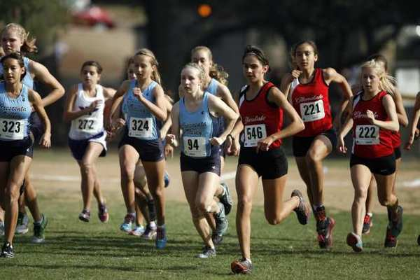 Crescenta Valley, Burbank and Burroughs all qualified for the CIF prelims.