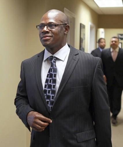 Ousted Illinois state Rep. Derrick Smith is seeing through his attempt to recapture the House seat stripped from him in the wake of a bribery indictment.