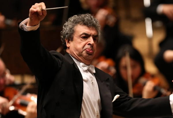 Semyon Bychkov leads the Chicago Symphony Orchestra in Mahler's Symphony No. 3 at Symphony Center in Chicago.