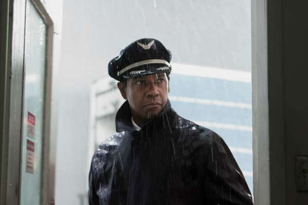 "Denzel Washington stars in ""Flight."""