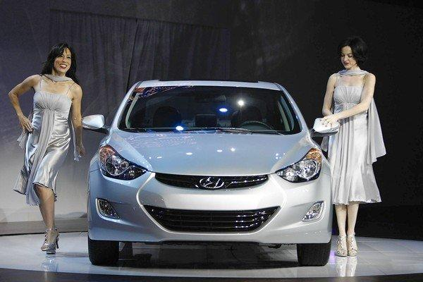 The Hyundai Elantra Is Among The Hyundai And Kia Vehicles Whose Fuel Economy  Ratings Were Inflated