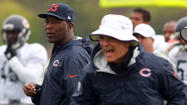 Hard to imagine Lovie Smith going toe to toe with defensive coordinator Rod Marinelli at halftime of an important Bears game.