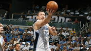 Hedo Turkoglu undergoes surgery on his broken left hand