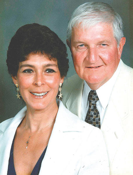 Maggie and Bill Hetzer pose for this picture taken in May 1994 at a Maryland Bankers meeting in Palm Beach.