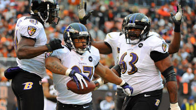 Ravens pull away late for 25-15 win over Browns