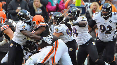 Ravens defense rebounds vs. Browns in red zone