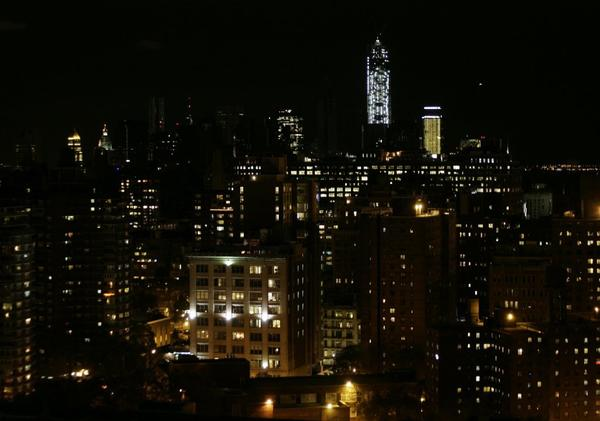 A view of the New York skyline looking south from 33rd Street as power returned to downtown.