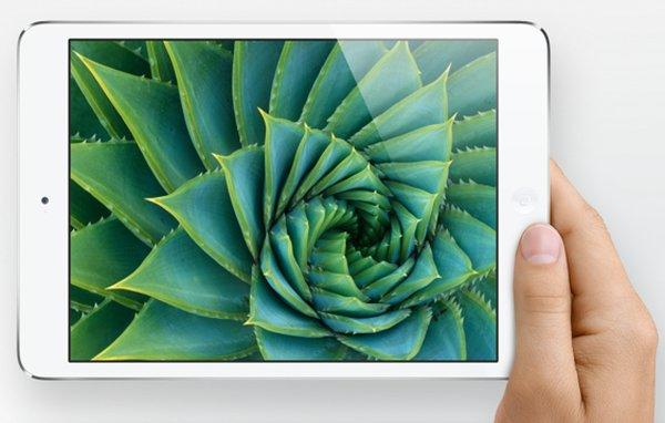 Apple kicked off the first weekend of the iPad mini and fourth-generation iPad with 3 million units sold.