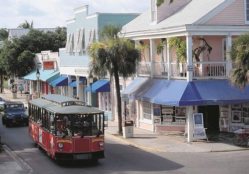 """Stretching from the Atlantic Ocean to the Gulf of Mexico Duval Street is considered Òthe longest street in the United States"""" Galleries, shops, restaurants and bars make up the scenery on Key WestÕs main street."""