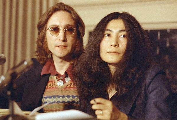 John Lennon, here with wife Yoko Ono, wrote to Eric Clapton in 1971 inviting him to start a new band with them.