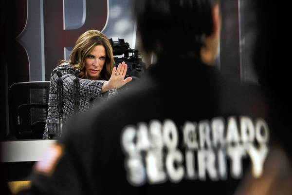 "Ana Maria Polo presides over ""Caso Cerrado"" during the taping of the show's visit to Huntington Park."