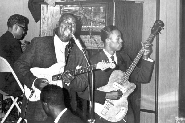 Howlin Wolf performs at Silvio's in Chicago in the early 1960s.