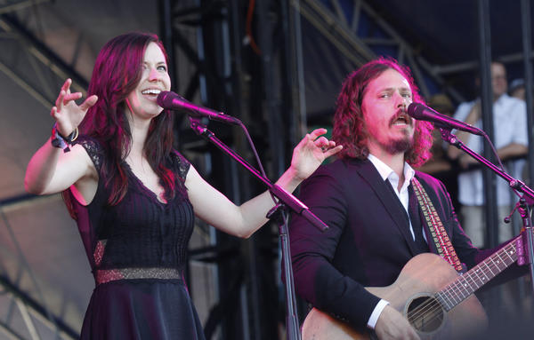 Joy Williams, left, and John Paul White of the Civil Wars perform last month at the Austin City Limits Music Festival in Austin, Texas. They are calling off their upcoming tour dates, citing irreconcilable differences.