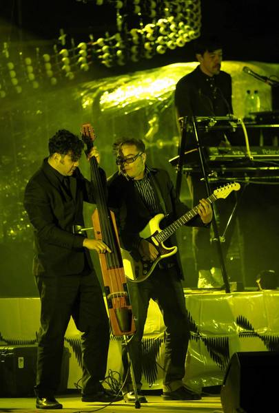 "Cafe Tacuba members, from left, Enrique ""Quique"" Rangel, José ""Joselo"" Rangel and Emmanuel ""Meme"" del Real at a 2009 concert in La Paz, Mexico."