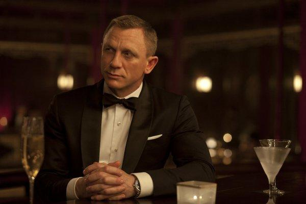 """Skyfall's"" Daniel Craig looks great in a tux. It's a sight we could get used to during the long awards season."