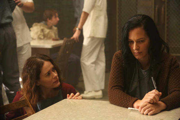 """American Horror Story: Asylum"" characters Lana Winters and Kassie."