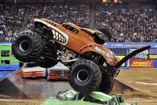 Monster Mutt. Driver: Whit Tarlton