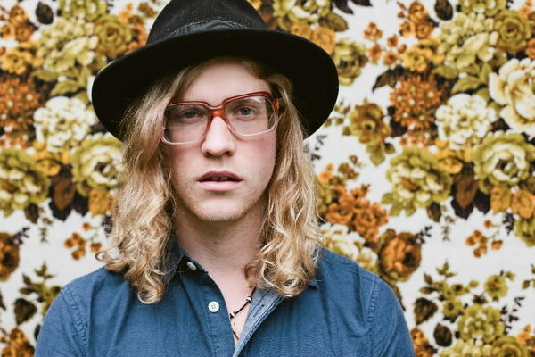 "R&B and pop singer Allen Stone is making his way around the country on his second headlining tour, but this time he's singing for an end to breast cancer. It's a worthy cause, and if you're a fan of the self-described ""hippie with soul,"" you don't really need a reason to go, do you? For the rest of you, think old-school R&B revival stuff from a guy who looks like a honky-tonk singer. It's quality, and fun. <Br><br><b> Why go: </b>Good music for a worthy cause. Why not? <Br><br><b> Reconsider:</b> It's gimmicky, and you already did the Jamiroquai thing. <Br><br><b> 9 p.m. Friday at Lincoln Hall, 2424 N. Lincoln Ave.; $20.50 (18+); lincolnhallchicago.com</b>"