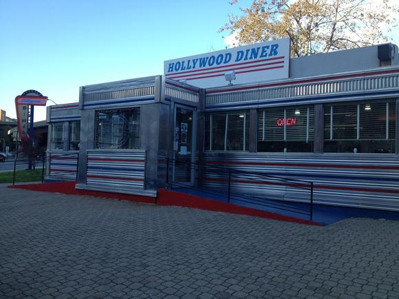 The Hollywood Diner