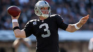 Carson Palmer leads Raiders to Baltimore to face familiar foe