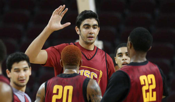 USC's Omar Oraby, center, with teammates during practice at the Galen Center.