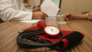 Home blood pressure monitors show mixed results: study