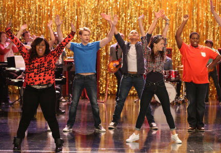 "The ""Glee"" kids get into a '50s groove with a little hand jive."