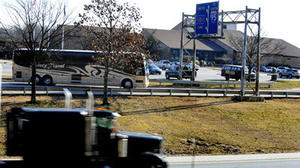 Judge dismisses lawsuit over I-95 travel plazas contract