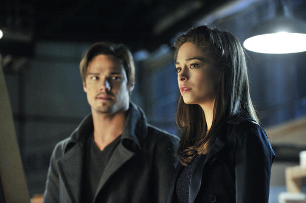 Jay Ryan, left, as Vincent and Kristin Kreuk as Catherine.