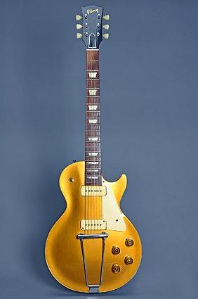 A Les Paul Goldtop guitar, 1952, from Michigan.