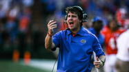 Despite movement above, Florida remained at sixth in the latest BCS Standing announced Sunday night.