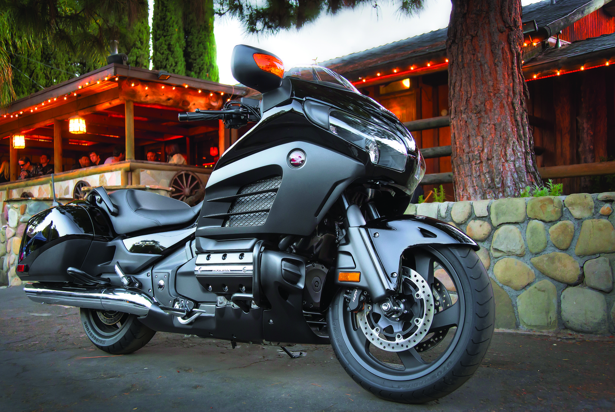 Gallery: 2013 Honda motorcycle lineup includes CB500s, Gold Wing F6B - Honda Gold Wing F6B