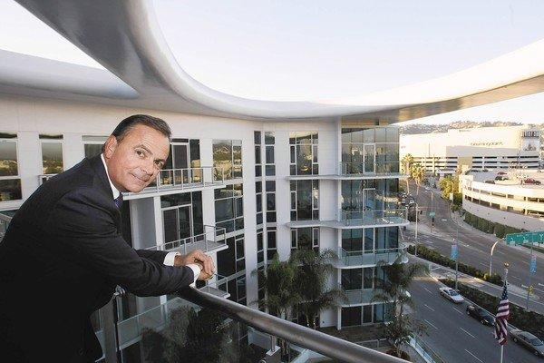 "Developer Rick Caruso hopes well-off renters will find his 8500 Burton Way tower both swanky and laid back, a California kind of place where tenants can work out with an on-staff private trainer, be served breakfast by the saltwater swimming pool on the roof and then catch a ride to the airport in a chauffeured black BMW ""house car"" parked downstairs."