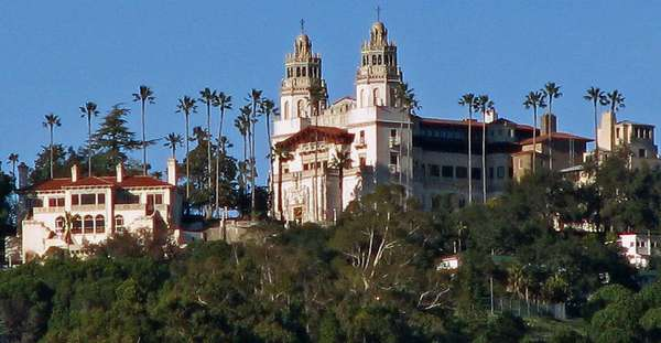Holiday package allows visitors to help decorate Hearst Castle for the season.