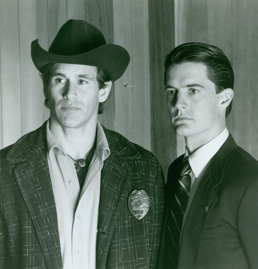 Michael Ontkean and Kyle MacLachlan