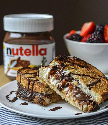 <b>Hot baked Nutella, cream cheese sandwich</b><br> <br> Prep: 20 minutes<br>