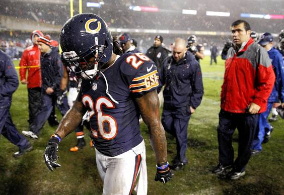 Tim Jennings leaves the field after losing to the Texans 13-6.
