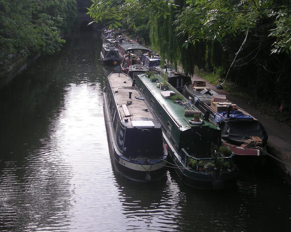 Travel to Regent's Canal in London, England