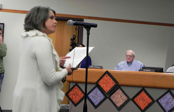 Renee Sharpe, a parent, and a dress code committee and former school board member speaks Wednesday during the Chambersburg School Board meeting.