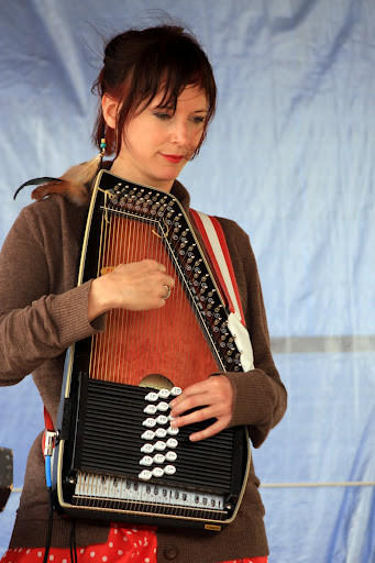 The Red Rooster Coffee House will play host Friday night to Jenny Dalton of Minneapolis, who describes herself as ¿a self-taught musician weaving piano, auto harp and percussion in original style.¿ The concert begins at 8 p.m. Admission is $2. Also performing will be Jami Lynn of Rapid City and Amanda Conway of Aberdeen. Lynn is a prairie folk, blues and jazz singer and songwriter.