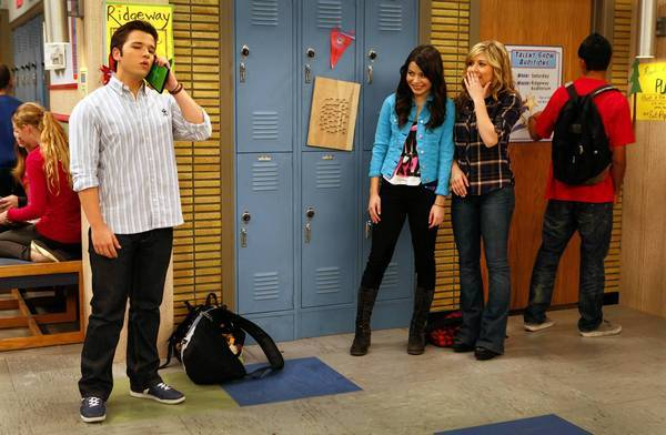 "Nathan Kress, Miranda Cosgrove and Jennette McCurdy in ""iCarly."""