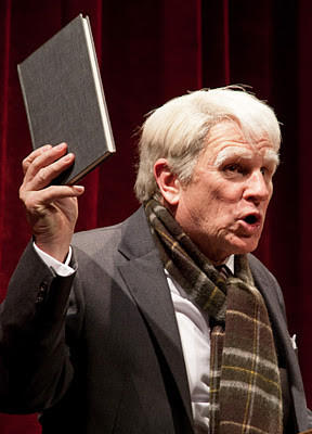 Gordon Clapp as Robert Frost