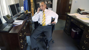 "Sweet: Hartford Mayor Segarra's ""Transparent"" Gag Order"