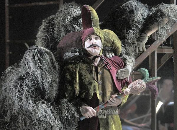 """Travis Sherwood performs at the dress rehearsal of """"The Tempest"""" at USC."""