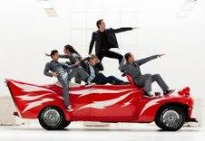 The 'Glee' boys attempt to look like 'Grease' monkeys