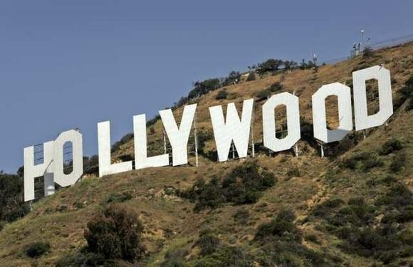A study by the Los Angeles County Economic Development Corp. says many entertainment industry jobs have gone to states offering incentives and tax breaks to the industry.